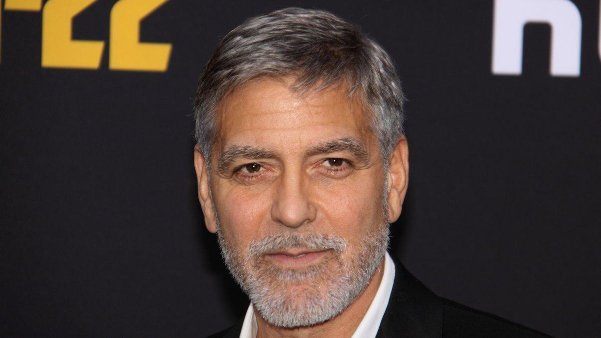George Clooney verbringt seine Zeit gerne in Italien am Comer See.. © Serge Rocco/Shutterstock.com