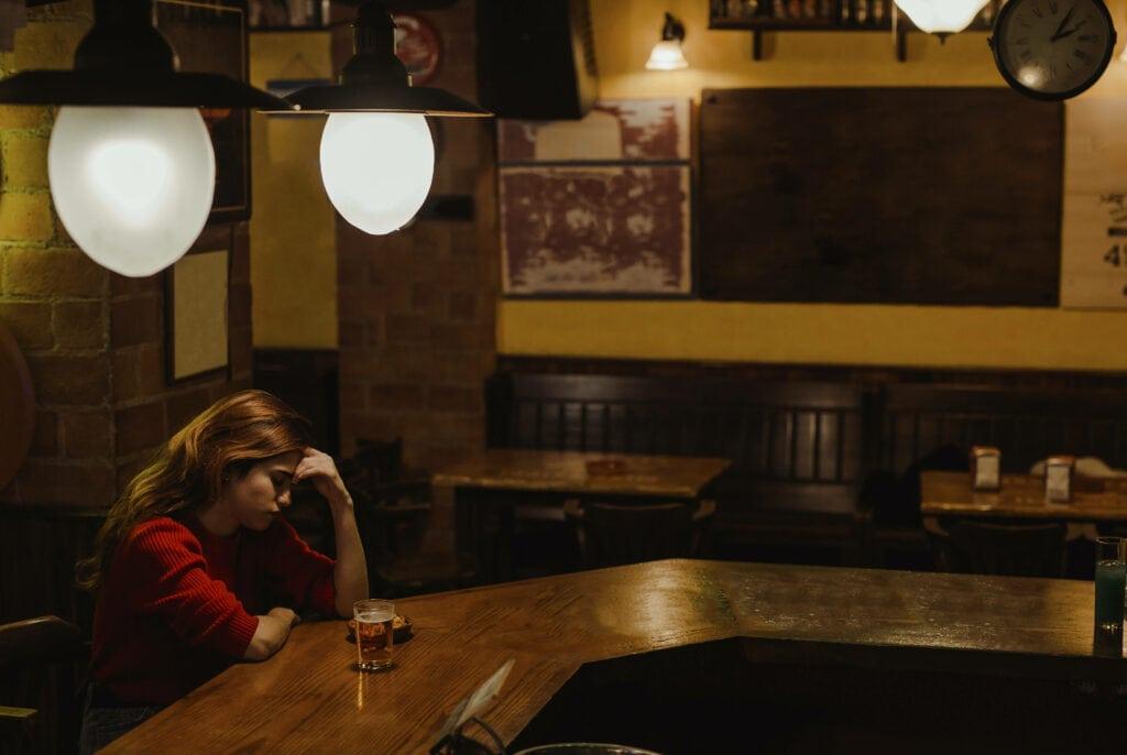 Frau Bar
