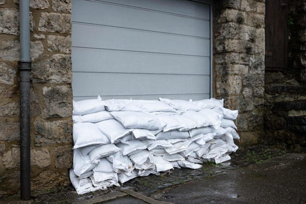 Haus vor Hochwasser schützen