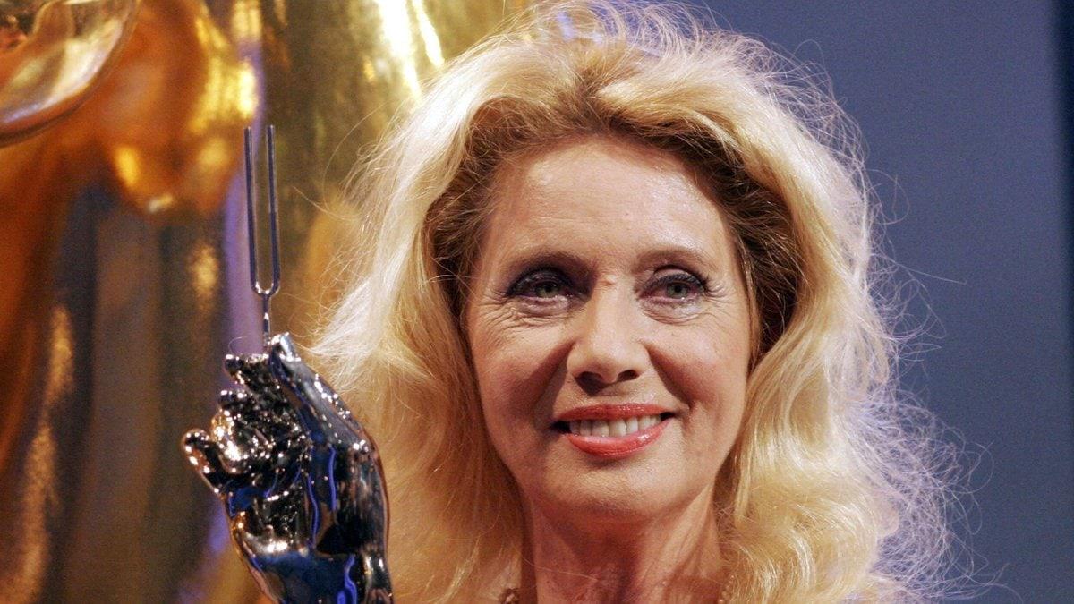 Margot Eskens mit der Goldenen Stimmgabel im Jahr 2005.. © imago/POP-EYE