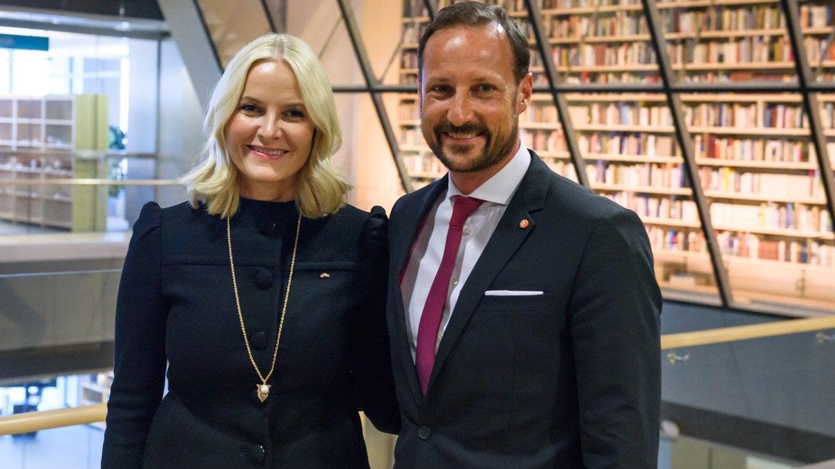 20 Jahre glückliche Ehe: Mette-Marit und Haakon. © Gints Ivuskans/Shutterstock