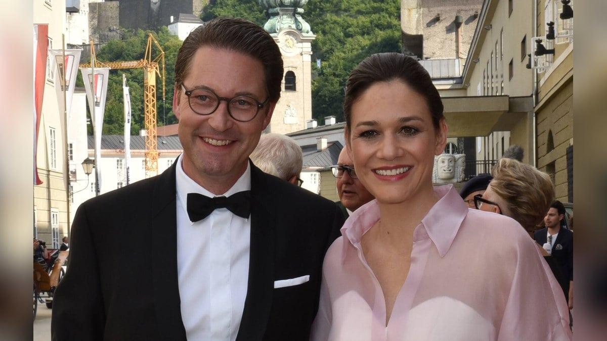 Andreas Scheuer und Julia Reuss bei den Salzburger Festspielen.. © imago/Manfred Siebinger