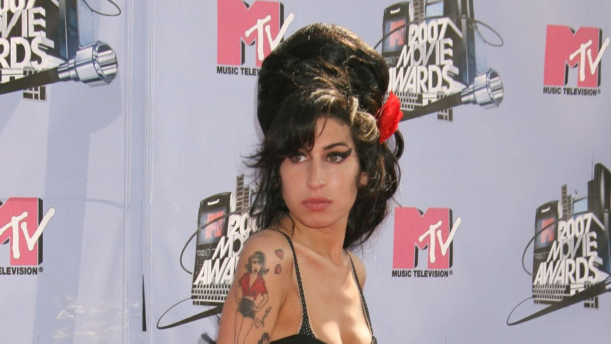 Amy Winehouse bei den MTV Movie Awards im Jahr 2007.. © Russ Elliot/AdMedia/ImageCollect