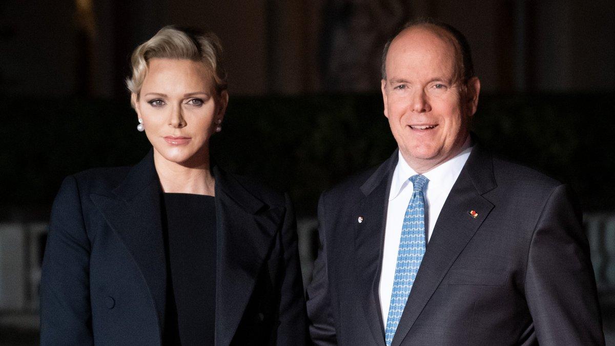 Kriselt es in der Ehe von Fürstin Charlène und Fürst Albert II. von Monaco?. © Frederic Legrand - COMEO / Shutterstock.com