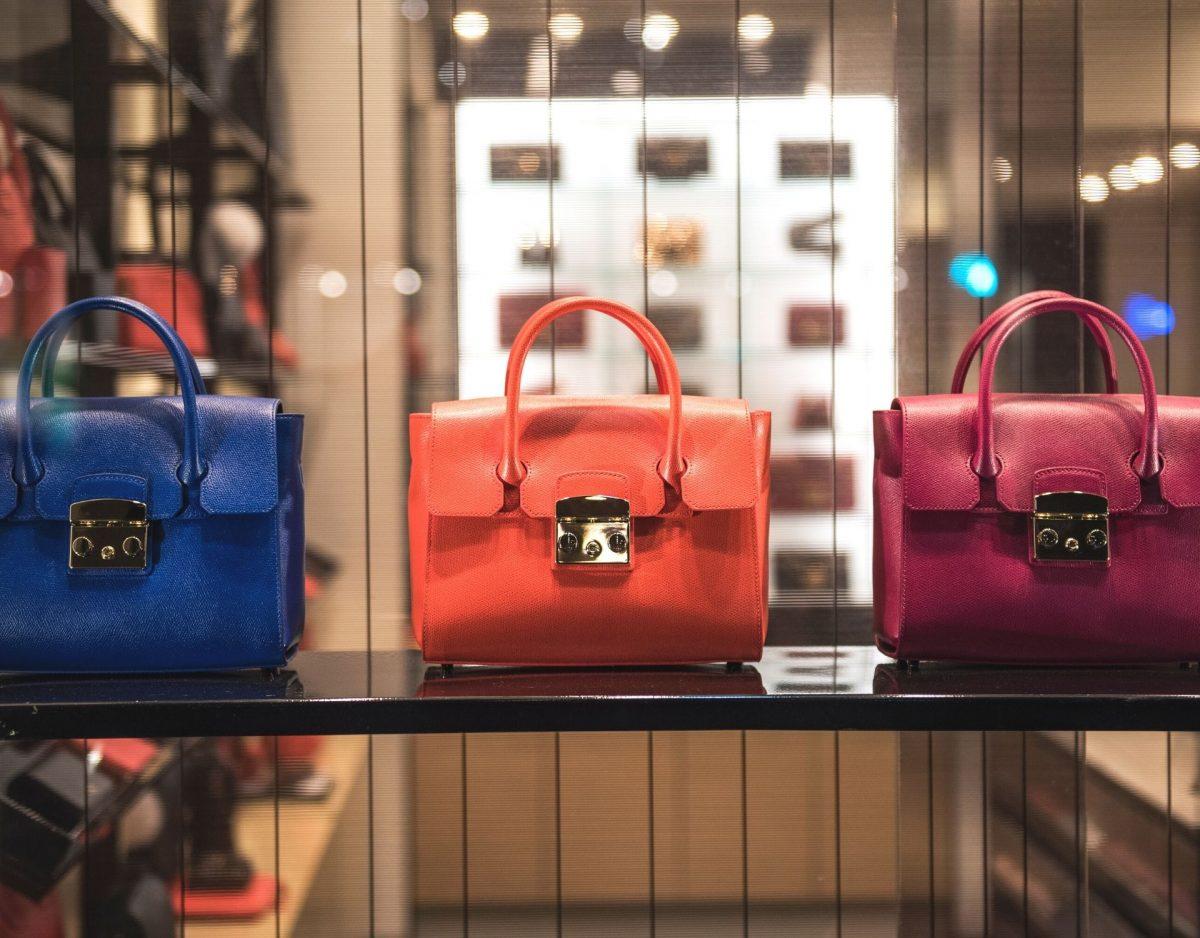 Luxuslabel zerstört Handtaschen