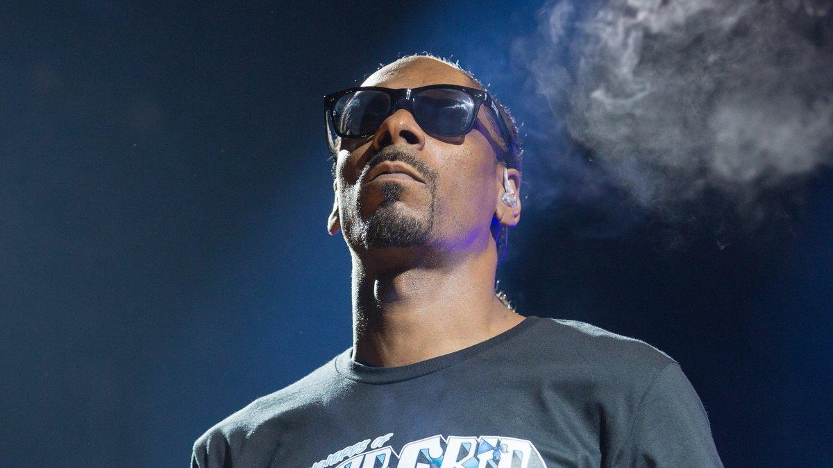 Snoop Doggs Mutter lag bereits seit Mai im Krankenhaus.. © Sterling Munksgard/Shutterstock.com