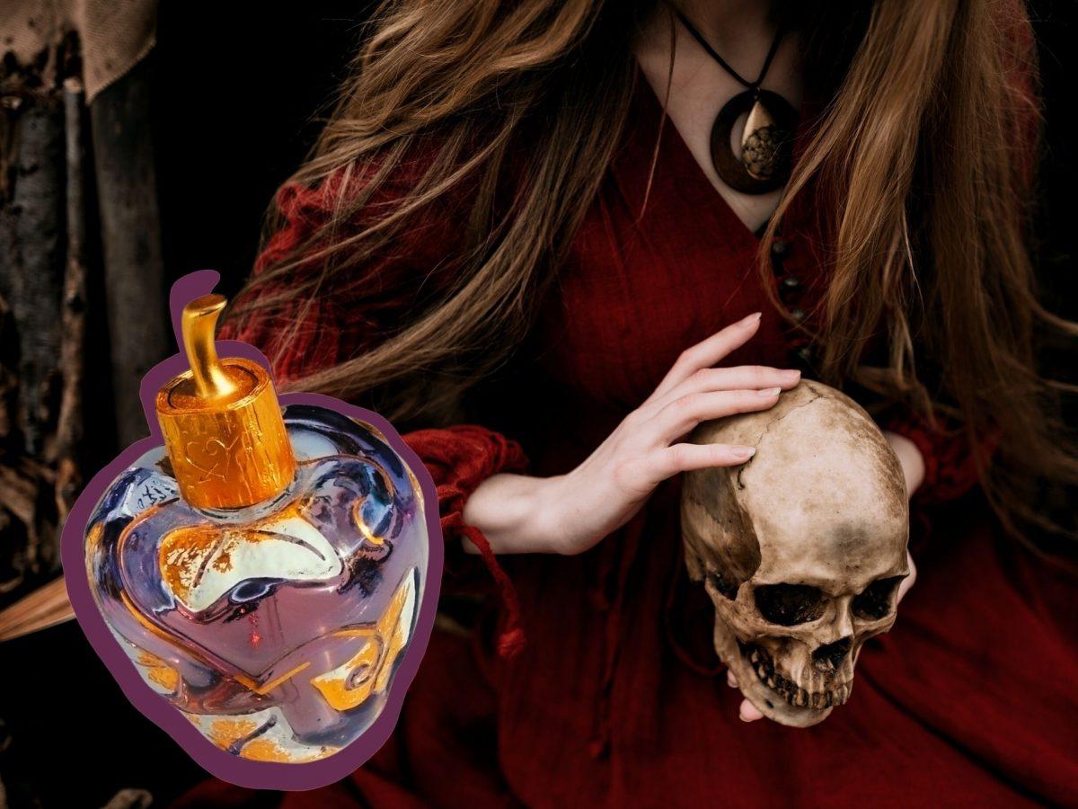 hexe mit totenschödel an halloween